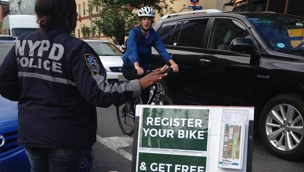 Bike Registration Event 2014-05-29 (8)